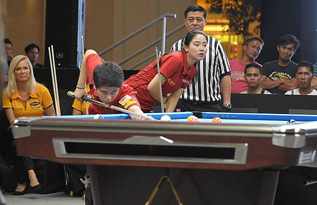 Rubilen Amit helps Team Asia take the upper hand early in Queens Cup pool meet