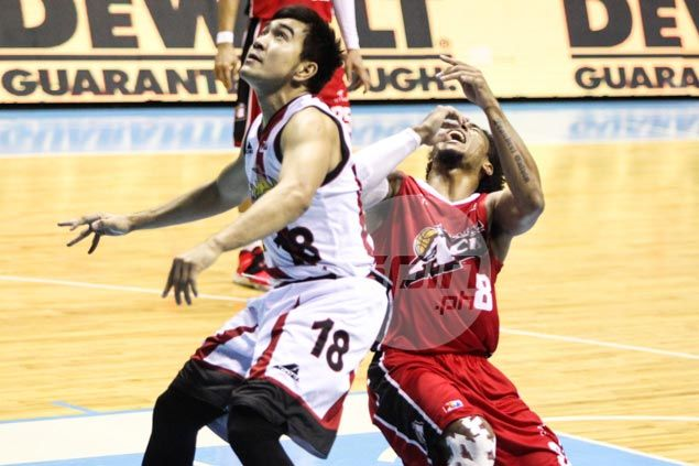 Ejected Ryan Arana insists elbow to Calvin Abueva's mouth not intentional