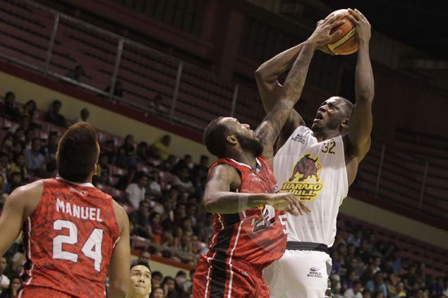 Solomon Alabi game winner snaps Barako Bull slide as it outlasts Alaska in OT