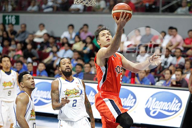 Meralco finds spark from Anthony and Emmett, deals Talk 'N Text a hammering