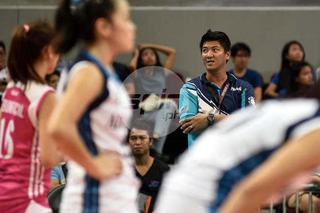 Adamson officials caught by surprise as Sherwin Meneses announces resignation as Lady Falcons coach
