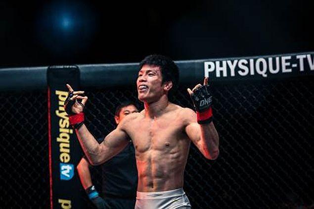 Shinya Aoki puts One lightweight title on the line against Koji Ando