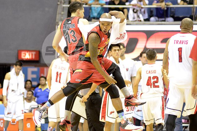 Lasitter flattered by Austria remark hailing him as best shooter in PBA today