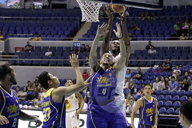 Barako Bull looking for a new import after sudden departure of Solomon Alabi to the US. Find out why