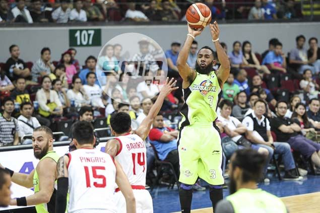 Stanley Pringle beats out Sean Anthony, Vic Manuel for PBA Player of the Week honor