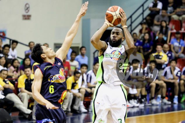 Stanley Pringle beats out Fajardo, Castro to win second PBA Player of the Week citation
