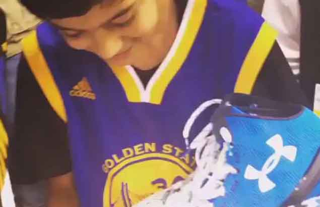 After 51-point night, Stephen Curry gifts birthday boy his game-worn sneakers