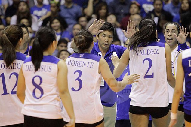 Ateneo in line for first UAAP season sweep in 11 years. Find out which school last pulled it off