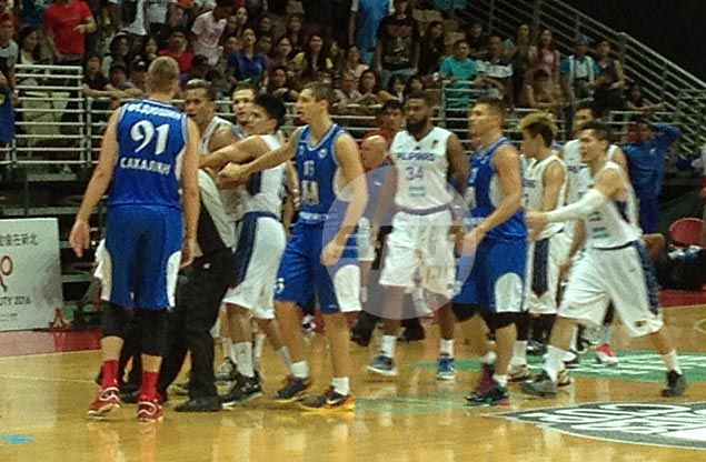 Gilas refuses to be bullied by scrappy Russian side, gets Jones Cup title bid back on track
