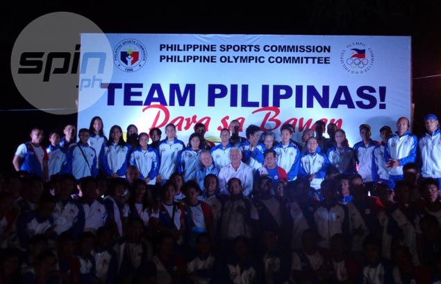 PH delegation drops track suits, returns to barong tagalog attire for SEA Games opening