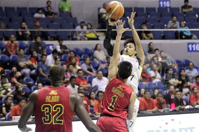 Terrence Romeo waxes hot as Globalport sends Barako Bull reeling to a second straight loss
