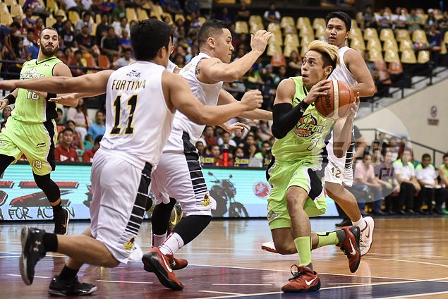 GlobalPort regroups in overtime behind Terrence Romeo to repulse Barako charge
