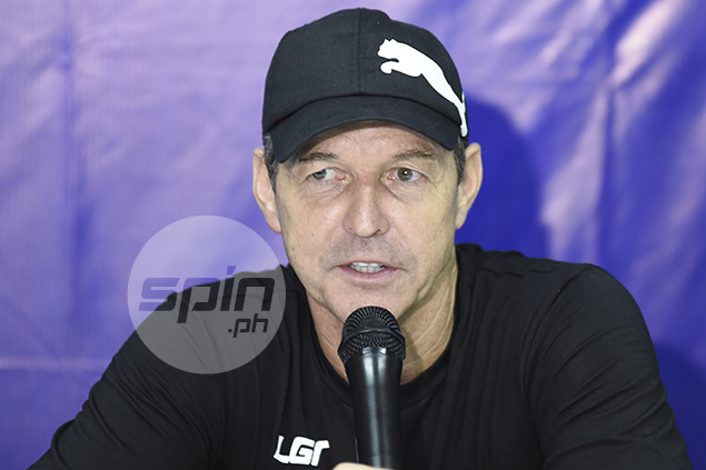 Azkals coach Thomas Dooley signs two-year contract extension