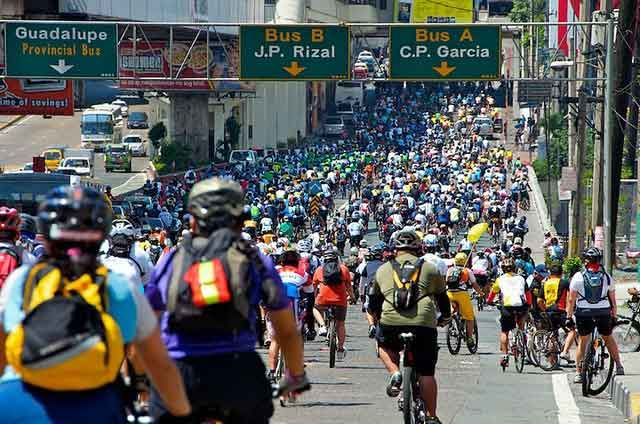 Thousands of Tour of Fireflies cyclists to press call for action against climate change