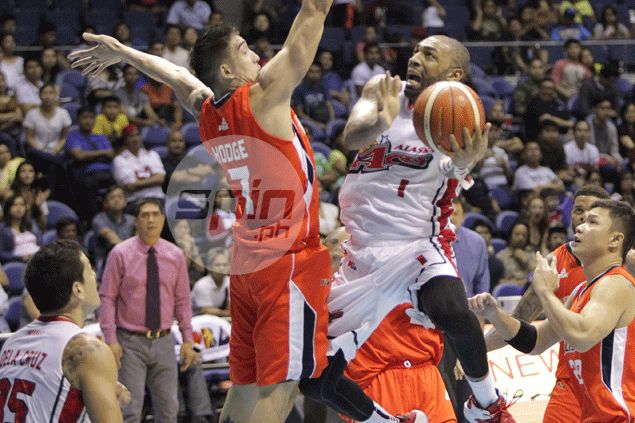 Romeo Travis lifts Alaska past San Miguel as Aces clinch no. 1 seed in playoffs