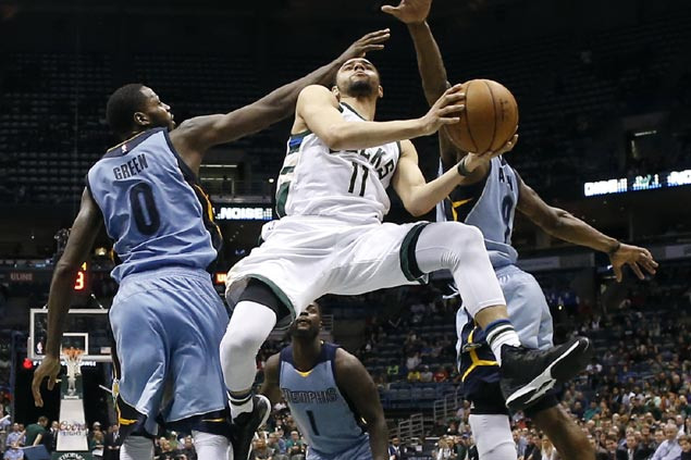 Bucks ride reserves to pull off a come-from-behind win against injury-ravaged Grizzlies