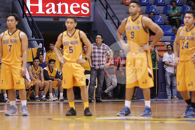 Heavy Bombers' 'perfect basketball game' ruined by endgame turnovers and failure to play defense