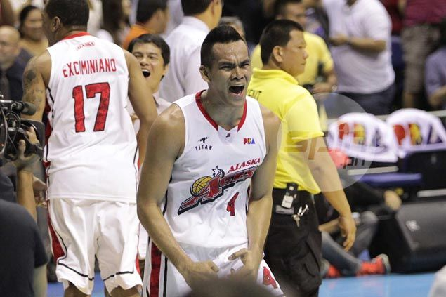 Unflappable Alaska completes sweep of Star as Manuel, Travis seal Game Three win