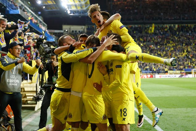 Villarreal scores late to stun Liverpool in Europa League semis opener