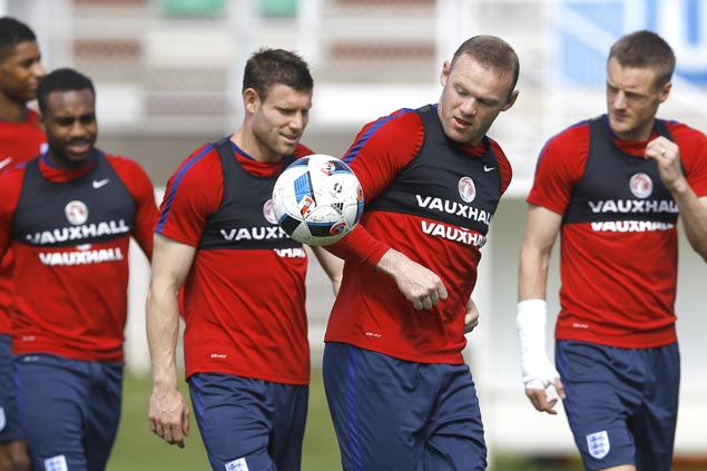 Rooney undaunted with tough draw in Euro 2016 knockouts, glad to play support role for England