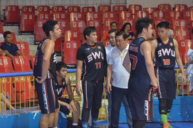 Coach Alcoseba, Luz figure in bench spat as frustration boils over for SWU Cobras