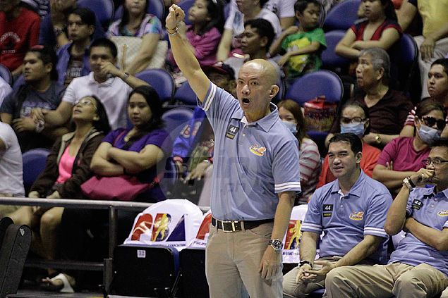 Yeng Guiao welcomes ban on erring referee, says officiating should always be put 'under microscope'